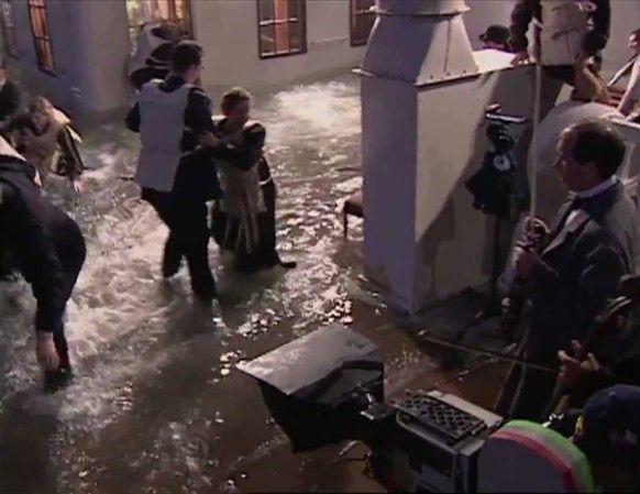 En el set de Titanic, James Cameron, 1997