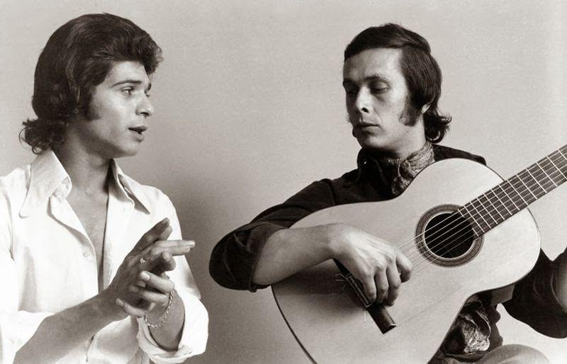 Paco de Lucía y Camarón de la Isla tocando por bulerías