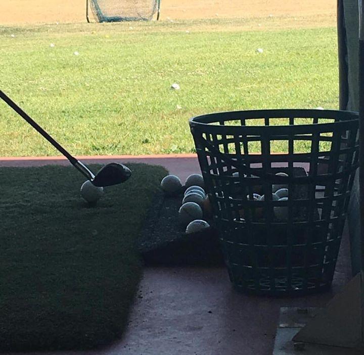En la escuela de golf de el Libro de las tentativas