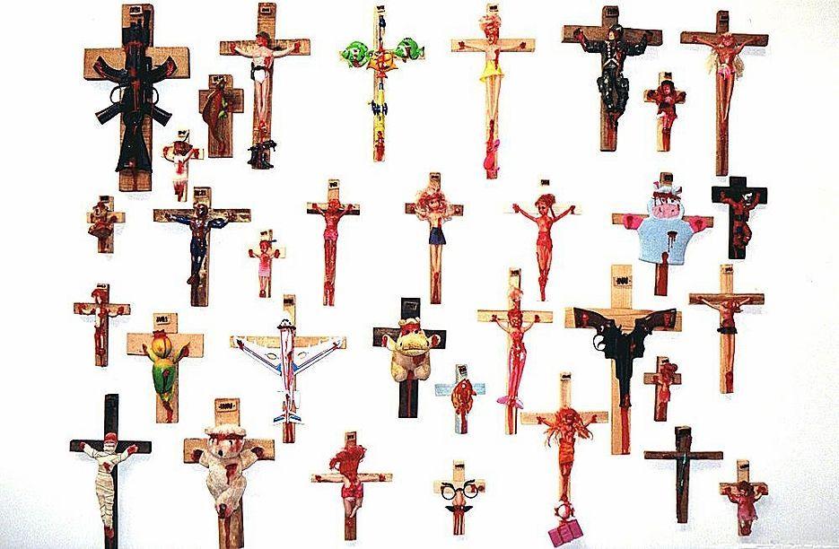2006, 33 juguetes de Dios de Francis Moreeuw