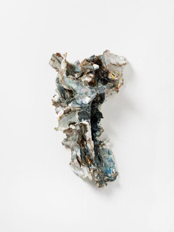 1950-55, Crucifixión de Lucio Fontana (cerámica)