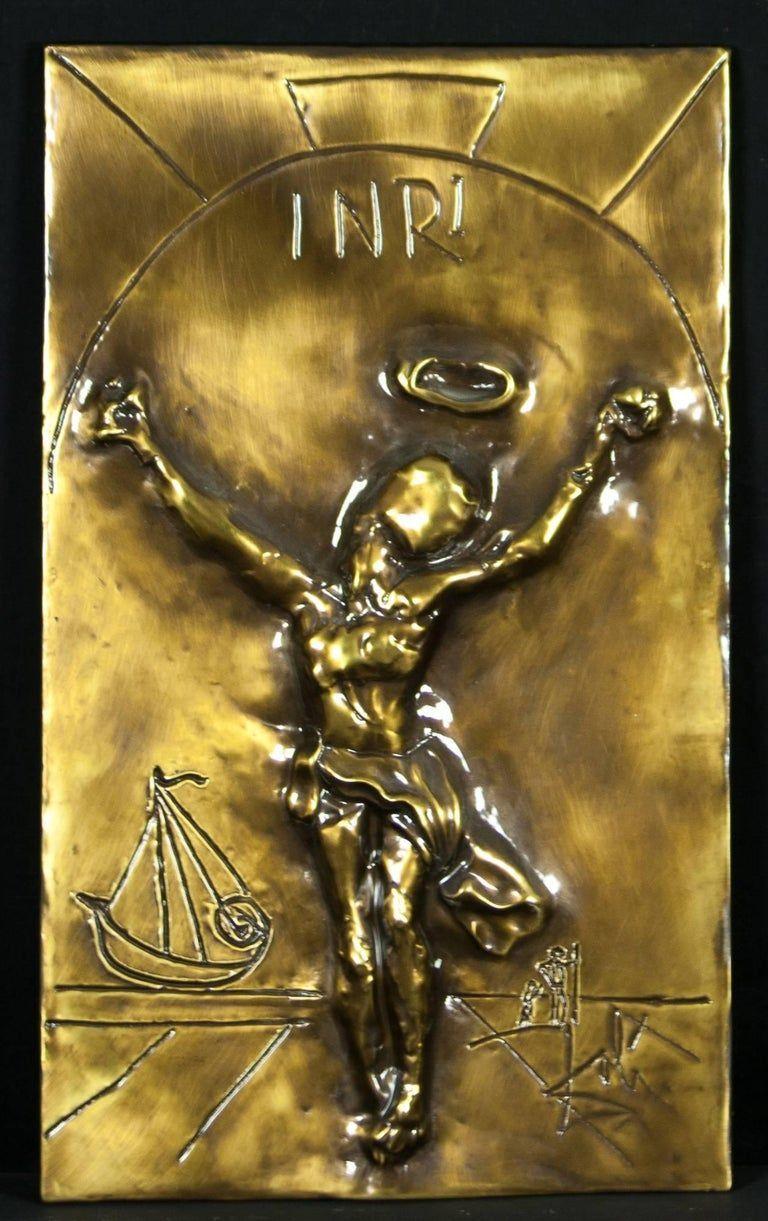 1978, Cristo de San Juan de la Cruz de Salvador Dalí (bajorrelieve en bronce)