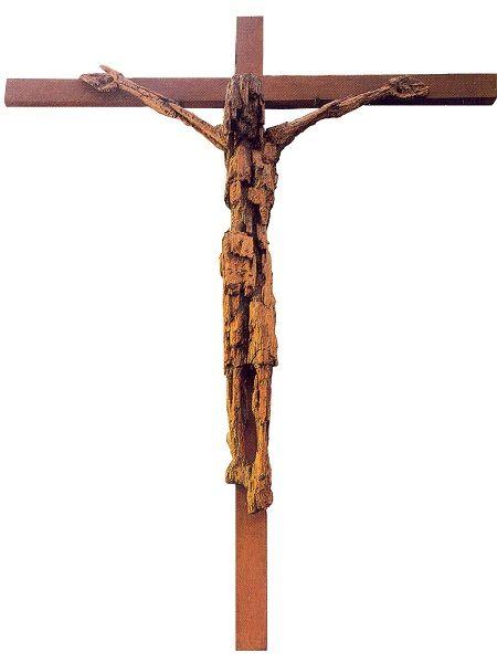 1966, Cristo crucificado de madera de Vicente Larrea