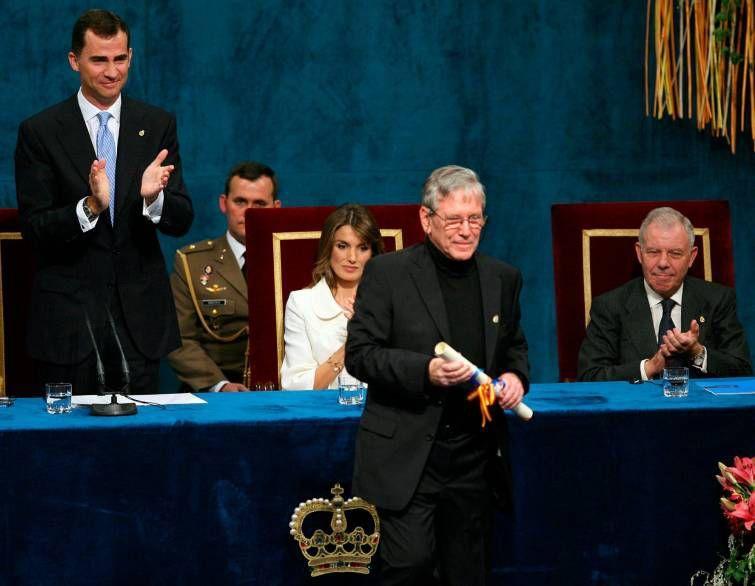 Discurso de Amos Oz al recibir el Premio Príncipe de Asturias de las Letras de 2007