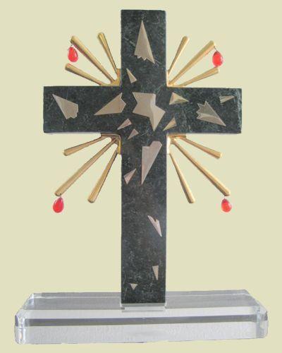 1980, Crucifixión de Salvador Dalí (escultura)