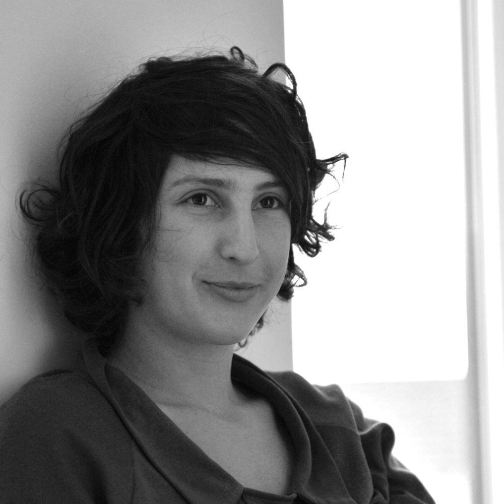 Ana Yael, poeta visual