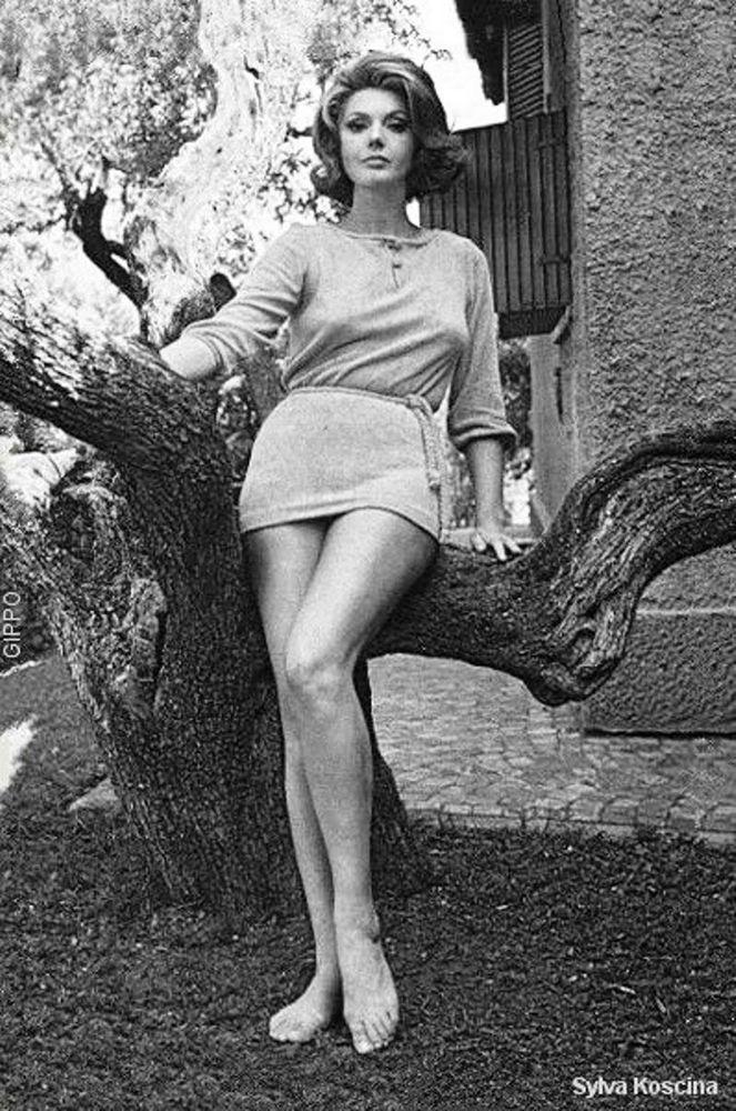 Sylva Koscina, Zagreb, 1933-1994