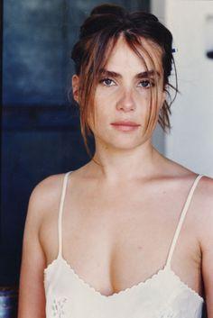 Emmanuelle Seigner, París, 1966