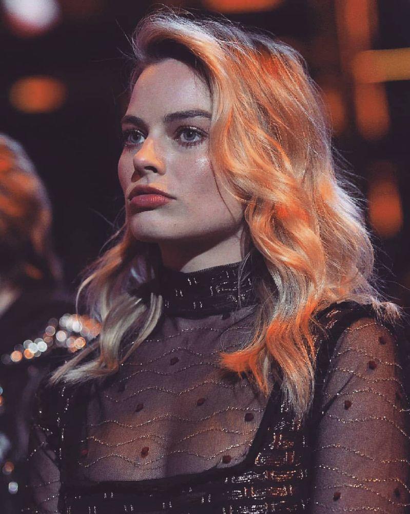Ellas - Margot Robbie, Australia, 1990