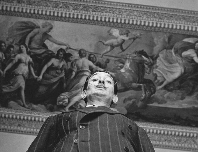 Salvador Dalí y la monarquía