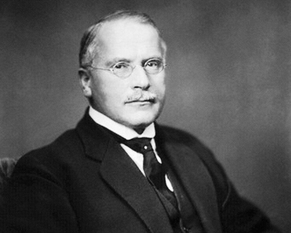 Carl Gustav Jung y los hechos desagradables