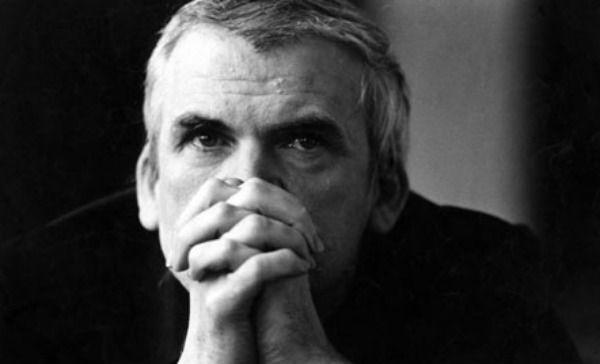 Milan Kundera y el mundo real