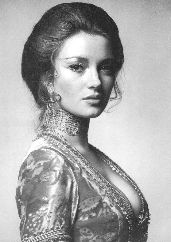 Ellas - Jane Seymour, Reino Unido, 1951