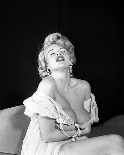 Jayne Mansfield, Pensilvania, 1933-1967