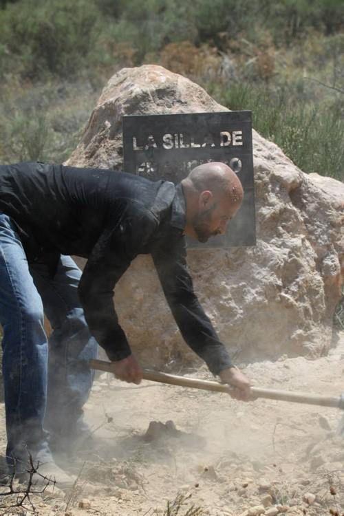 """Cementerio de Morille: Entierro de """"La Silla"""" de Francisco Escudero. 14 de julio de 2013."""