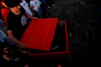 """Cementerio de Morilla: Esther Ferrer. """"Performance a varias velocidades"""", 1 de agosto de 2009."""