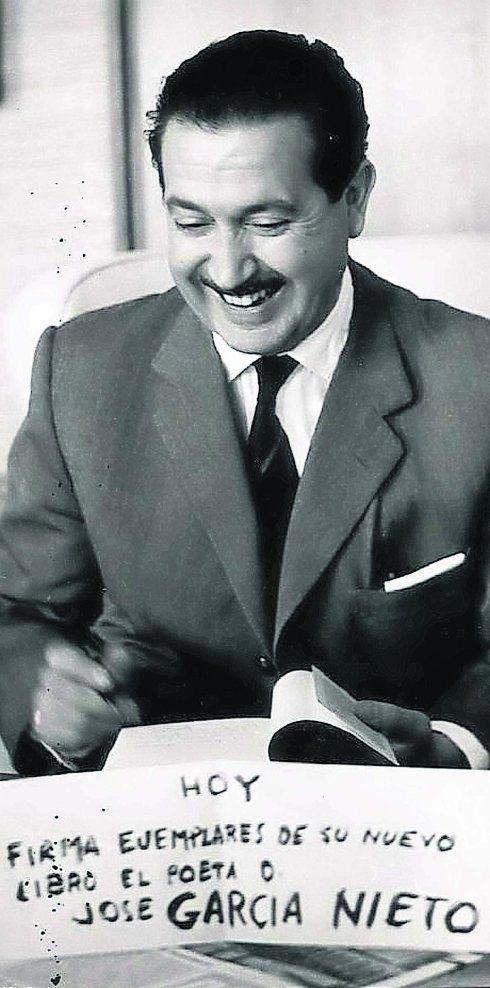 José García Nieto, Oviedo, 1914-2001