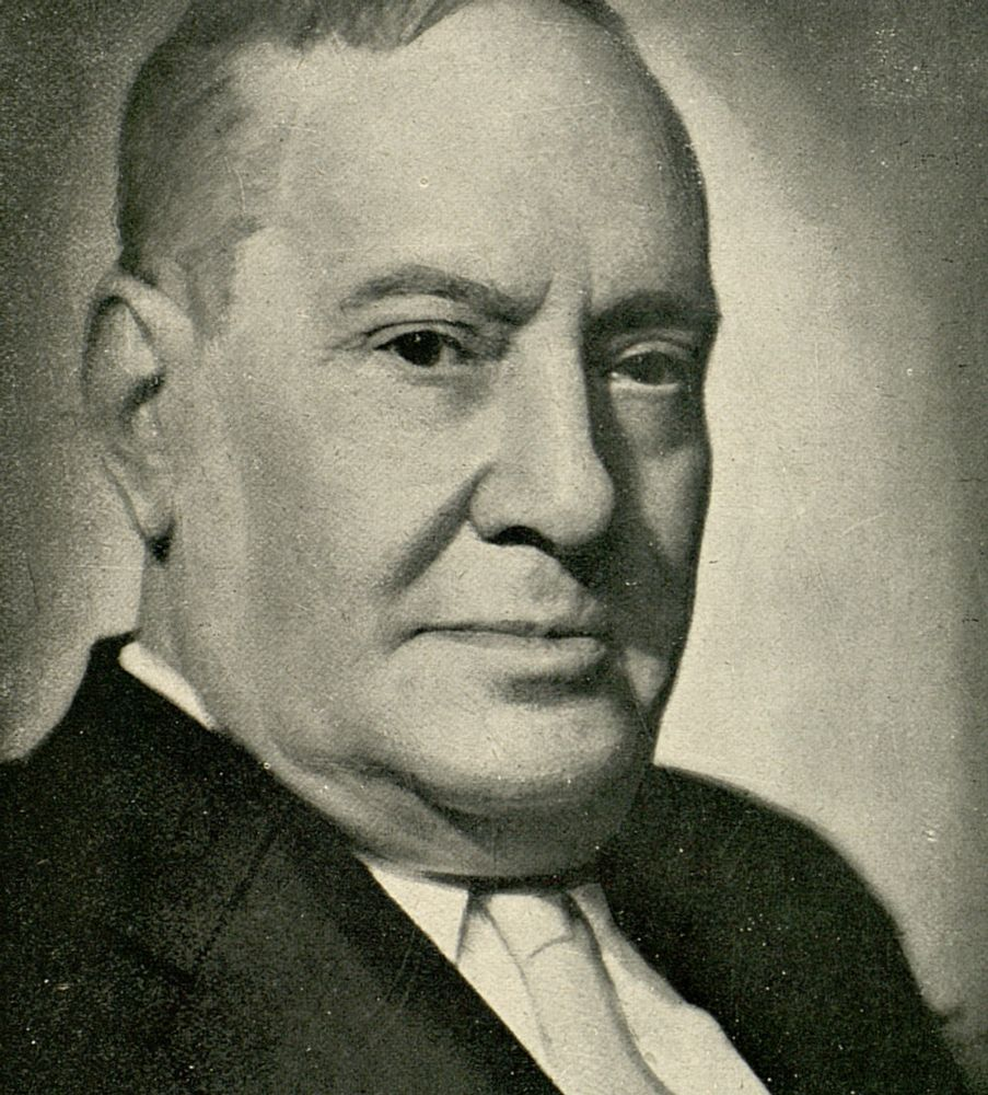 Manuel Machado, Sevilla, 1874-1947