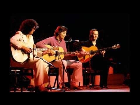 Paco de Lucía, John McLaughlin y Larry Coryell el 13 de febrero de 1979, en el Palau d'Esports de Barcelona.