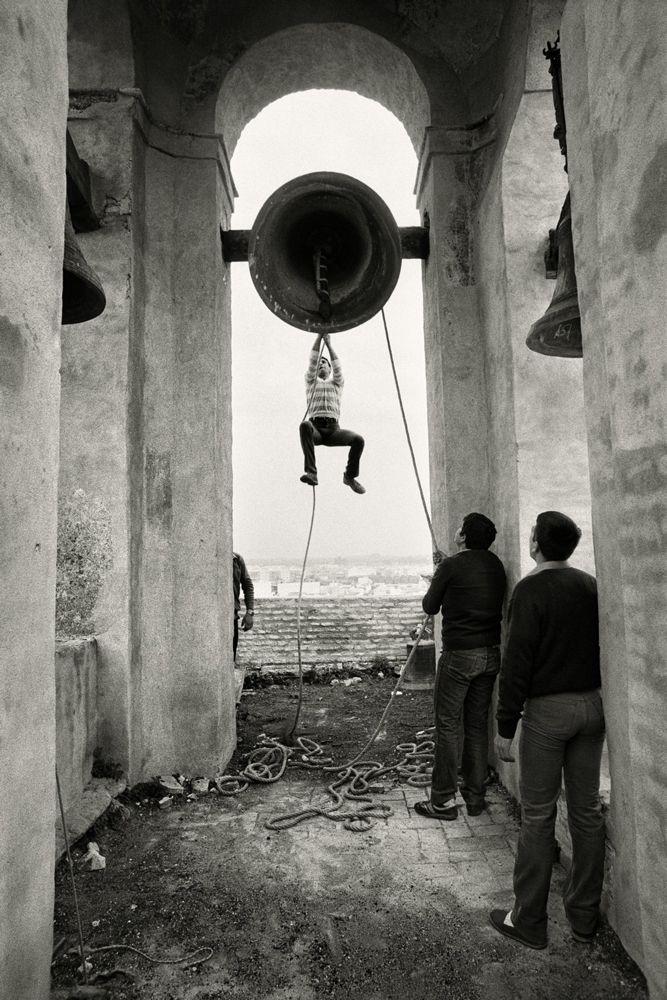 Jean Hani y las campanas
