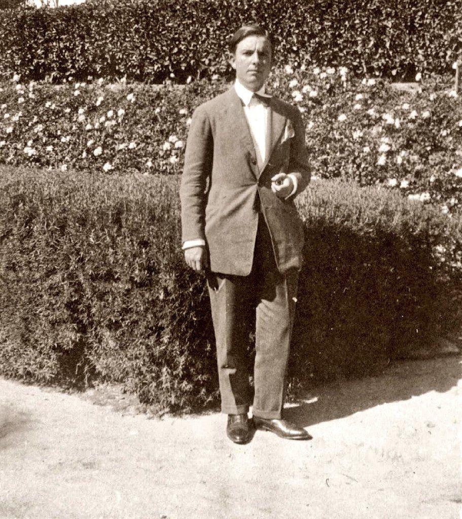 José María Hinojosa Lasarte, Málaga, 1904−1936