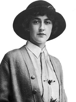 Agatha Christie joven