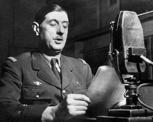 """""""Llamamiento del 18 de junio"""", discurso pronunciado en la BBC, la radio gubernamental británica, por el general Charles de Gaulle el día 18 de junio de 1940"""