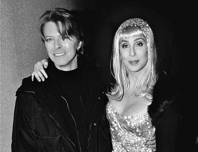 David Bowie y Cher cantando juntos once melodías en el The Cher Show (1975)