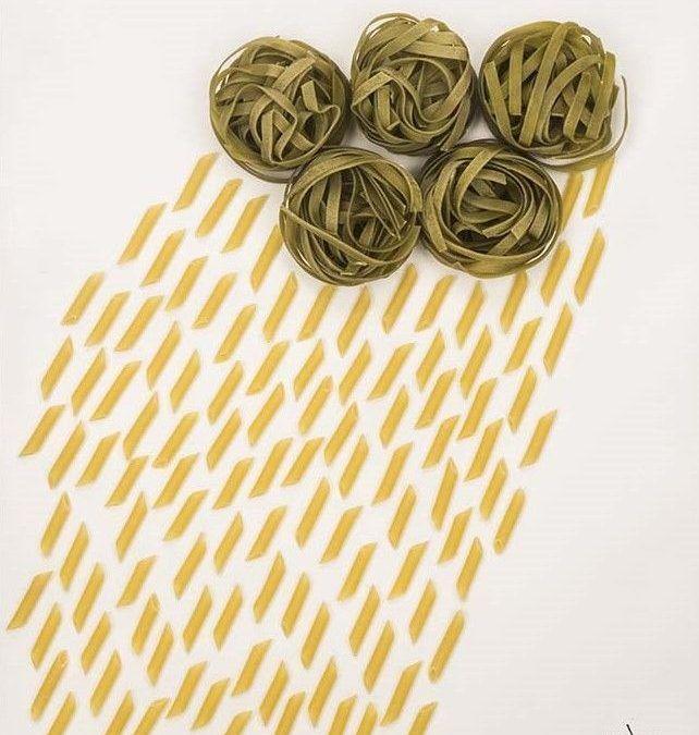 Llueve pasta, poesía visual