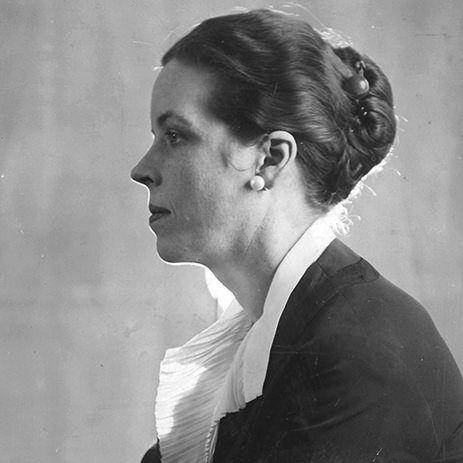 Dujna Barnes, poeta