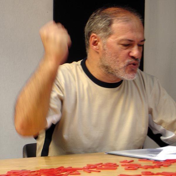 Fernando Aguiar, poeta visual