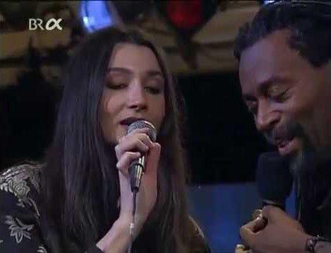 Habanera Carmen por Bobby Mc Ferrin & Aziza Mustafa Zadeh