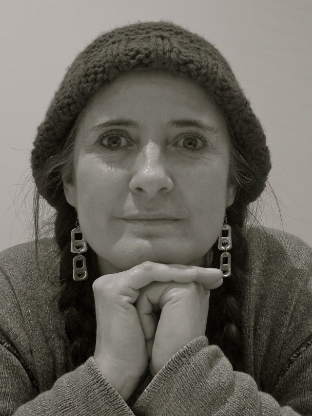 Helena Santolaya, poeta visual