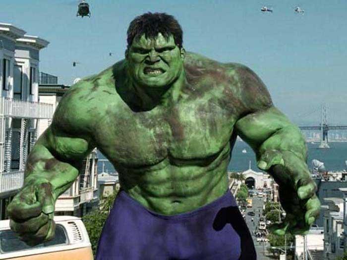 Hulk dirigida por Ang Lee, 2003