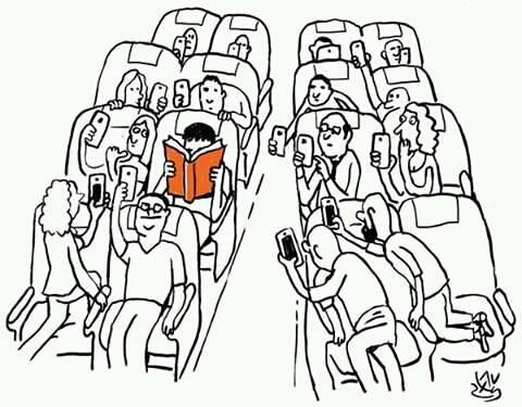 Libro y móvil