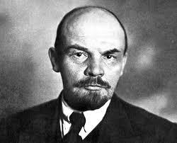 Vladimir Lenin, Chiquito de la Calzada, Bertrand Russell