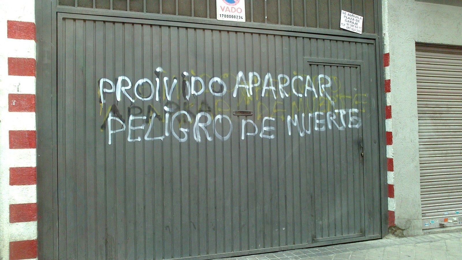 Proivido aparcar - Letrero nº 41 Poesía Visual anónima