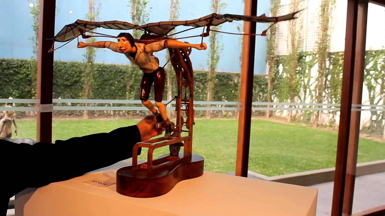 Escultura cinética de Maurice Montero