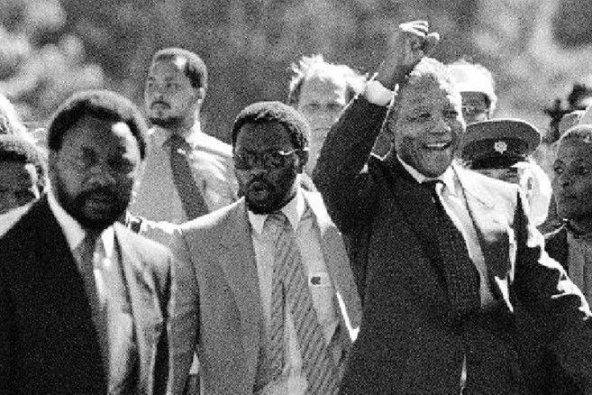 Entrevista de Nelson Mandela al salir de prisión el 11 de febrero de 1990