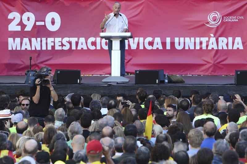 Discurso de Paco Frutos durante la manifestación unionista celebrada en Barcelona el 28 de octubre de 2017