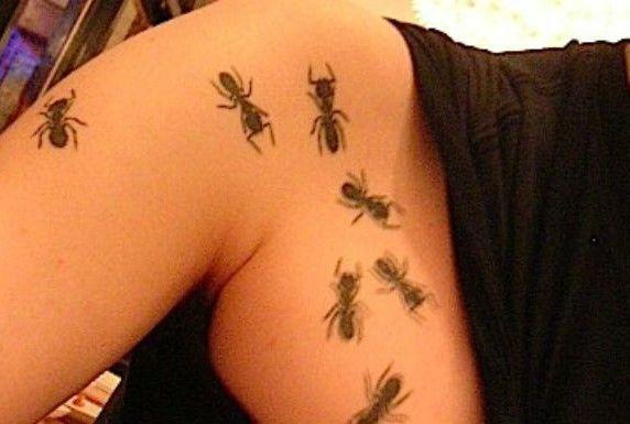Tatuajes de hormigas