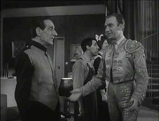 Un marido de ida y vuelta dirigida por Luis Lucía Mingarro, 1957