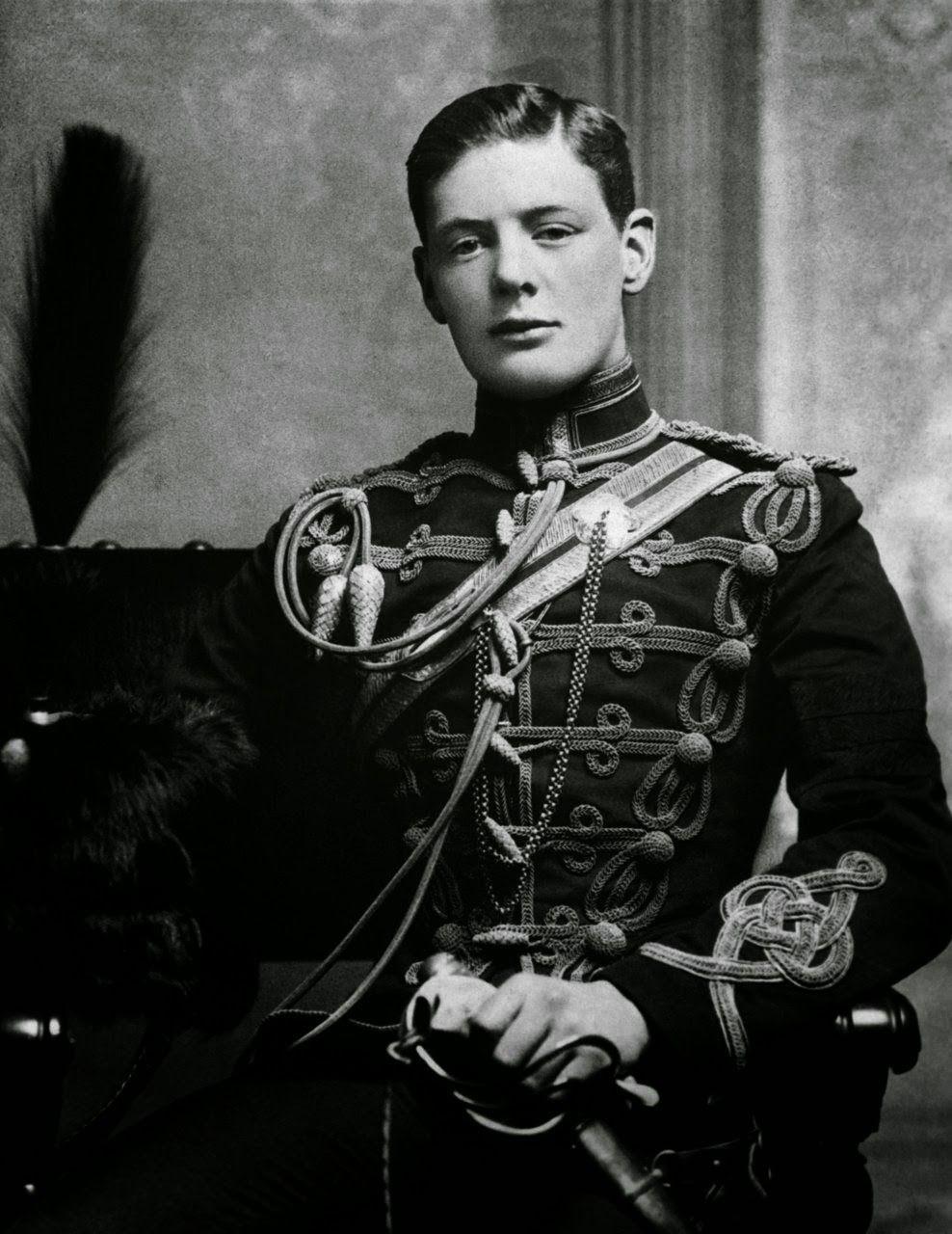 Winston Churchill joven