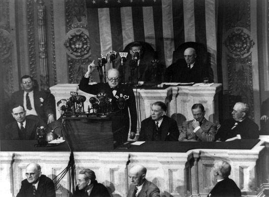 Discurso de Winston Churchill pronunciado ante la Cámara de los Comunes del Reino Unido, el día 13 de Mayo de 1940