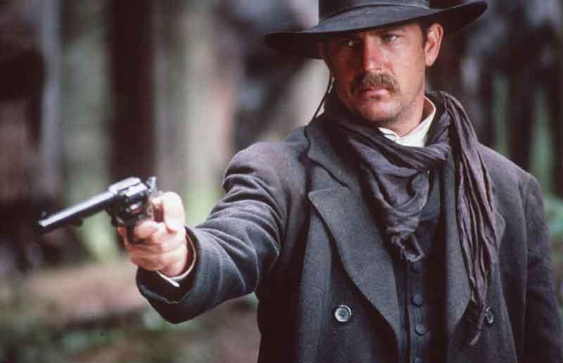 Wyatt Earp dirigida por Lawrence Kasdan, 1994