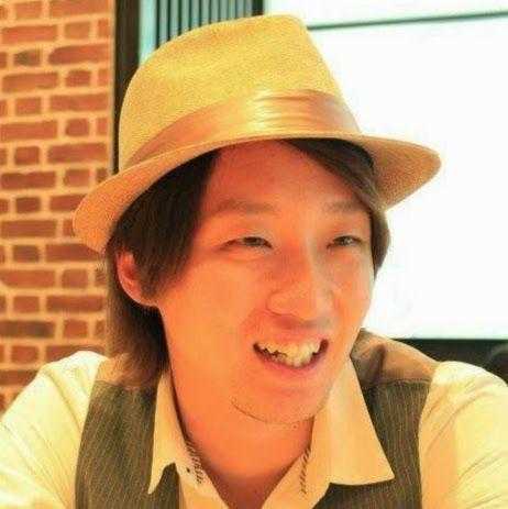 Escultor Yuichi Ikehata