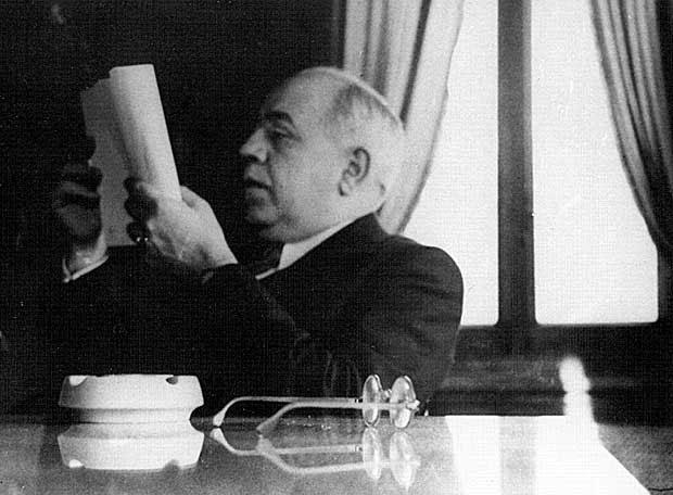 Paz, piedad, perdón, último discurso de Manuel Azaña como presidente de la Segunda República en el Ayuntamiento de Barcelona pronunciado el 18 de Julio de 1938