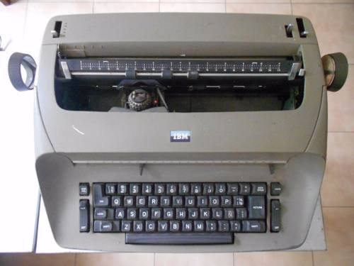 Máquina escribir eléctrica IBM Selectric